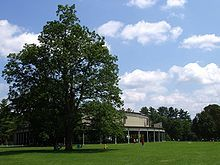 220px-Tanglewood_Music_Shed_and_Lawn,_Lenox,_MA[1].jpg