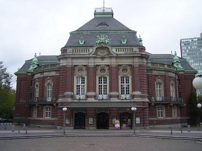 Laiszhalle_in_Hamburg-Neustadt[1].jpg